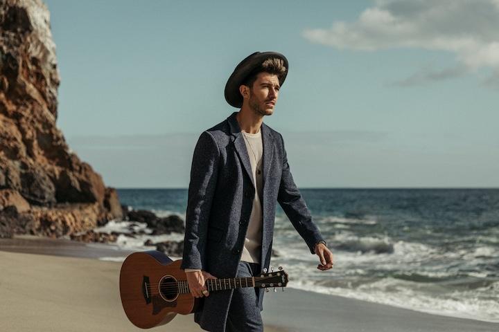 "French-born, Australian raised singer-songwriter  Flo Chase Drops His Debut Album ""Toi"""