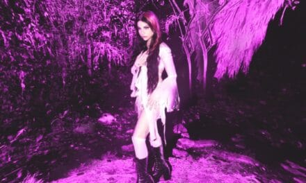 """Alternative Pop Rising Star Ellise Shows The Dark Sides of The Human Experience With Her Debut Record 'Chaotic"""""""