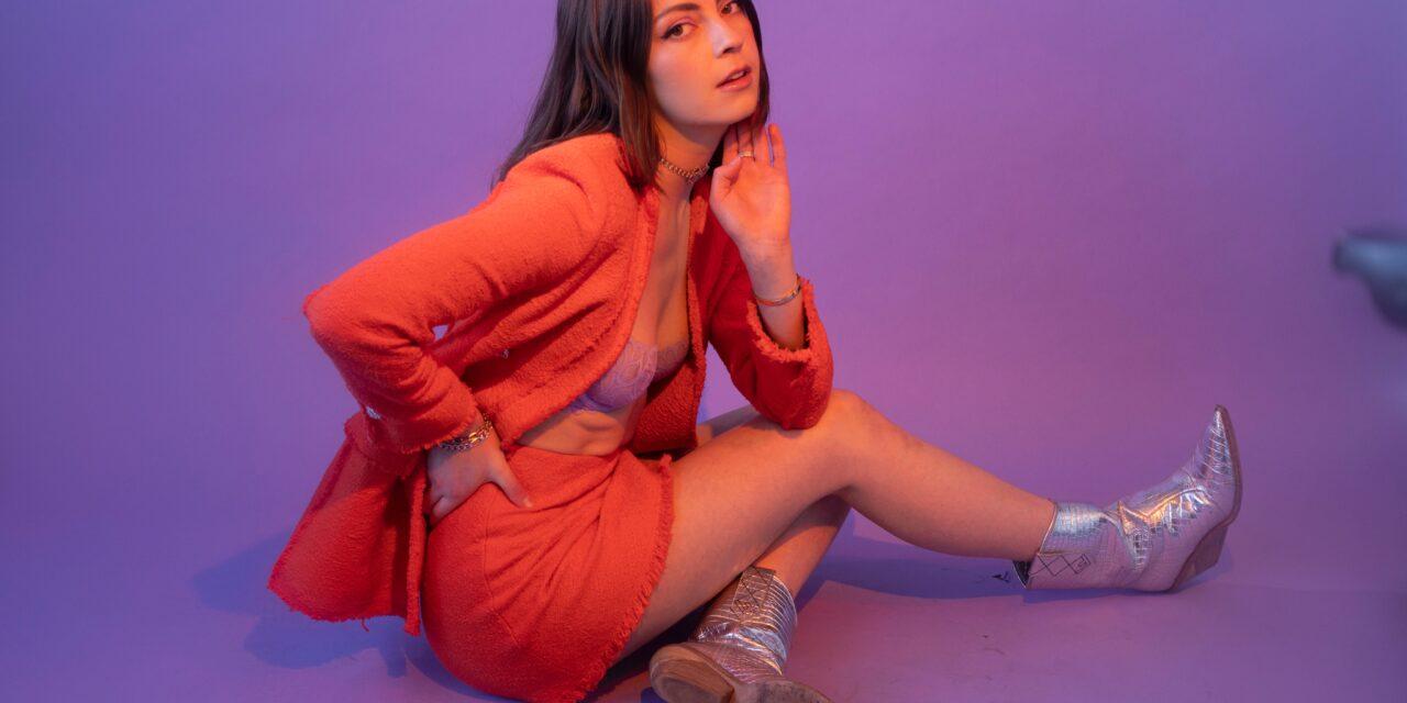 "New-York based artist Anna Shoemaker Releases Her Latest Track ""Call me'"