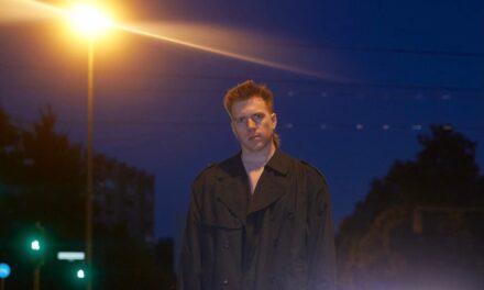 "Nashville native artist Mote Talks Moving To Berlin, Studying Film and Releasing New Track ""Bondage"""