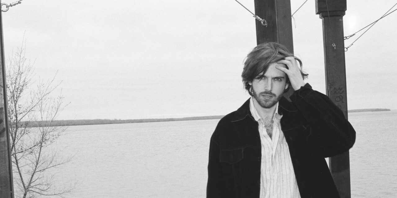"""Montreal's Alt Pop Artist Reno McCarthy Drops New Track """"For a Moment"""""""