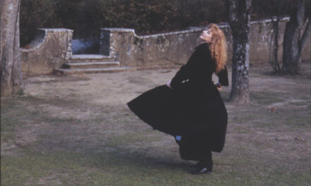 """Legendary Canadian Artist Loreena McKennitt Releases Deluxe Edition of iconic record """"The Visit"""""""
